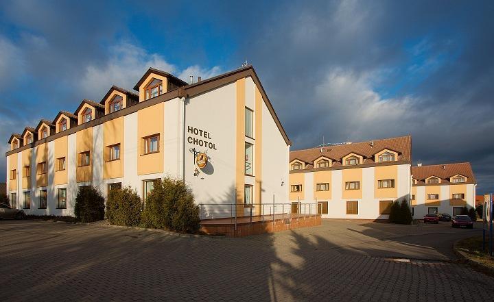 HOTEL CHOTOL, Horoměřice