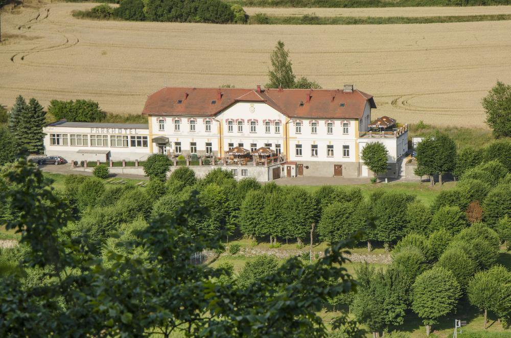 Parkhotel Český Šternberk, Český Šternberk