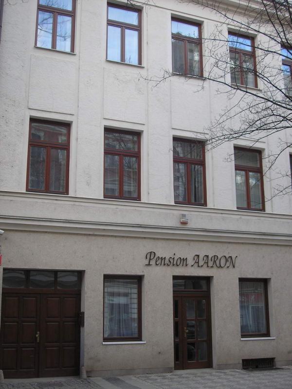 Aaron pension ***, Praha