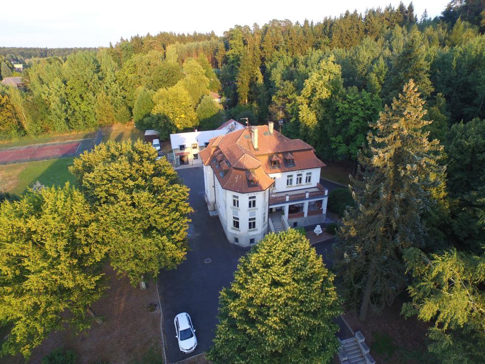 Hotel Vila Olga, Jevany