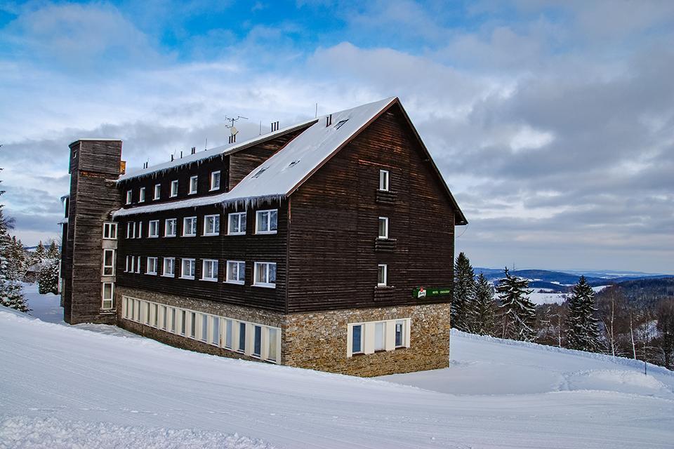 Hotel Churáňov, Stachy