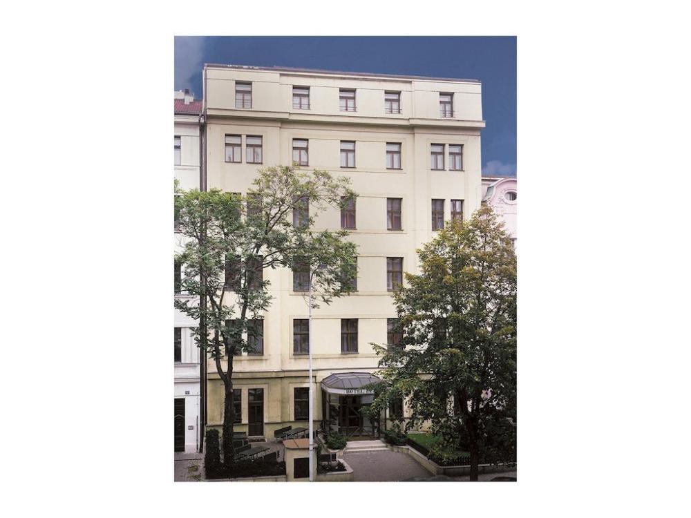 HOTEL LUNÍK, Praha