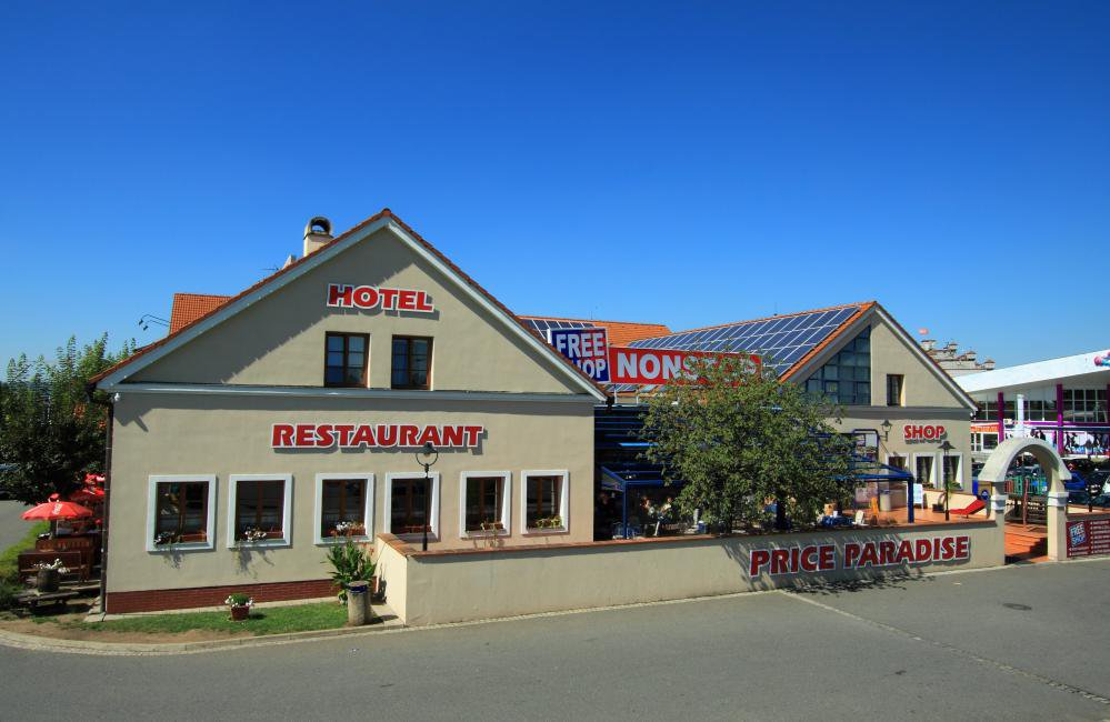 Hotel FreeShop, Hatě, Chvalovice