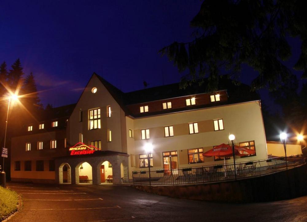 Horský Hotel Excelsior, Horní Lomná