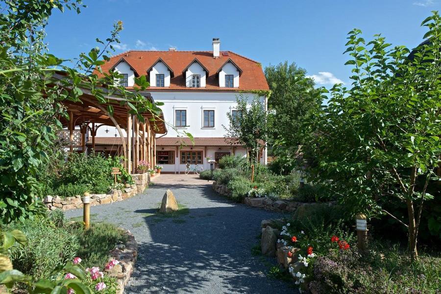 Penzion Babiččina Zahrada, Průhonice