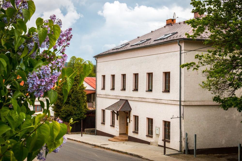 Penzion Sloup, Sloup v Čechách
