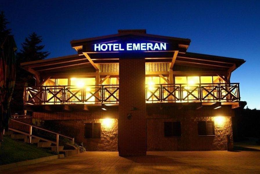 Hotel Emeran , Klíny