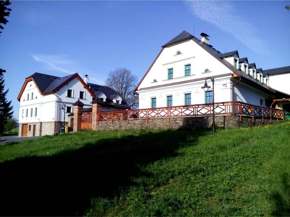 Centrum Slezská Harta, Razová