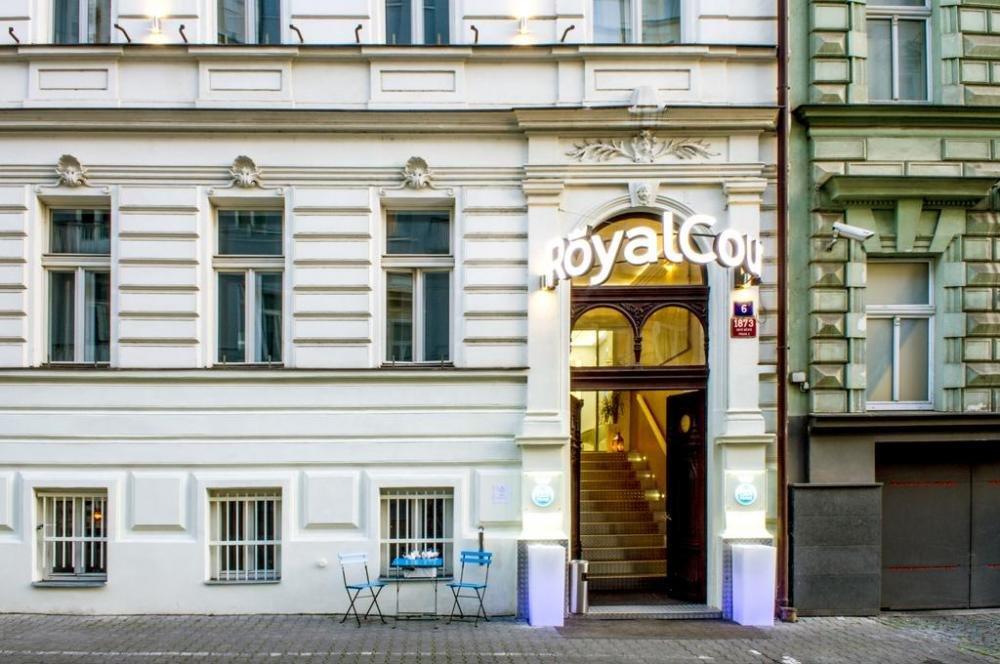 Royal Court Hotel , Praha