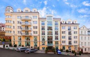 KARLSBAD GRANDE MADONNA (Aura Palace), Karlovy Vary