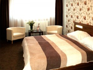 Cartellone appartamento hotel, Pardubice