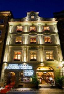 Hotel U Zlatého Stromu, Praha