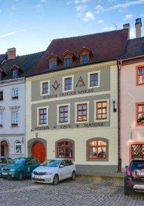 Pension Masonic House, Loket