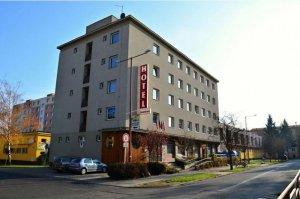 Hotel Morava**, Uherské Hradiště