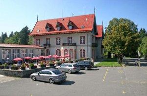Hotel Mezní Louka, Hřensko
