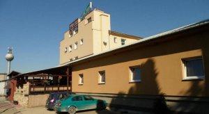 Hotel Fabok, Mochov