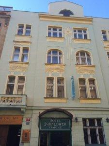 Hotel Sunflower, Praha