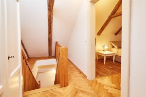 Three Golden Crowns Apartments, Praha,