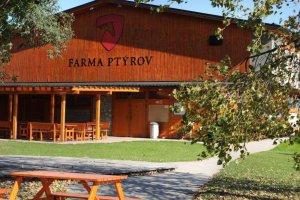 Farma Ptýrov , Ptýrov