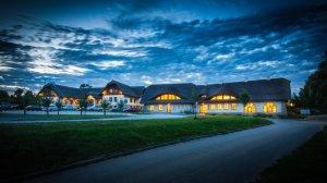 Hotel Skanzen, Modrá