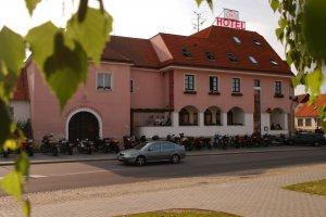 Hotel N, Znojmo
