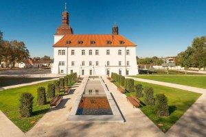 Hotel Chateau Clara Futura ****, Dolní Břežany