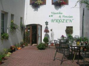 Penzion a vinotéka Hrozen, Kroměříž