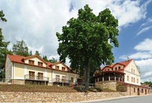 Hotel Gold Chotoviny, Chotoviny, okres Tábor