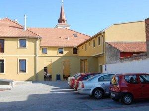 Restaurace a Penzion U Kostela, Újezd u Brna