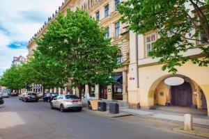 Almandine Boutique Apartments, Praha