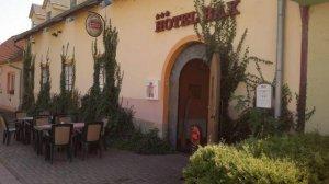 Hotel Bax, Znojmo